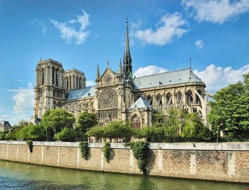 49900 parigi cattedrale di notre-dame a parigi