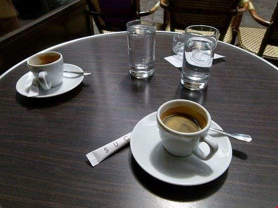 50027_parigi_caffe_in_terrazza_a_parigi