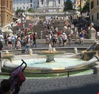 50244 fontana piazza di spagna roma