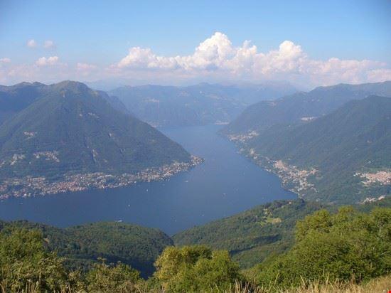 Vista del lago di Como dal Boletto