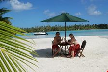 bora bora a lunch break on a motu