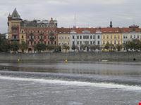 palazzi sulla moldava praga