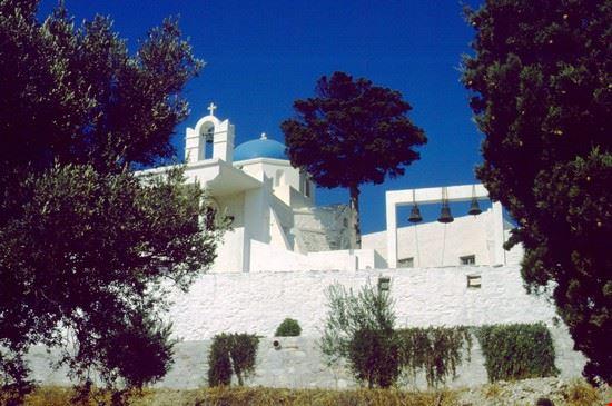 Chiesa (Parikia)