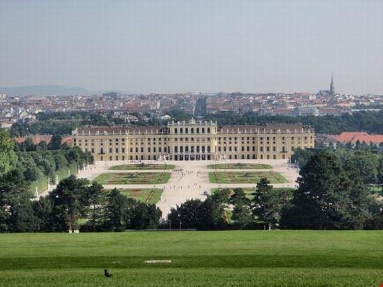 Il bellissimo castello di Schonbrunn