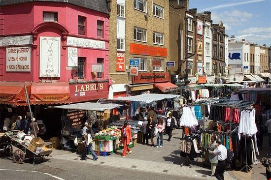 Petticoat Lane Market a Londra