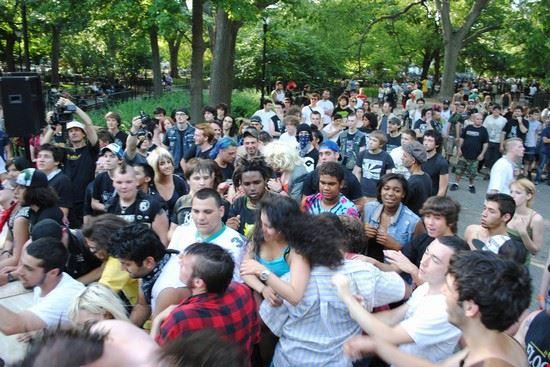 new york un concerto al tompkins square park