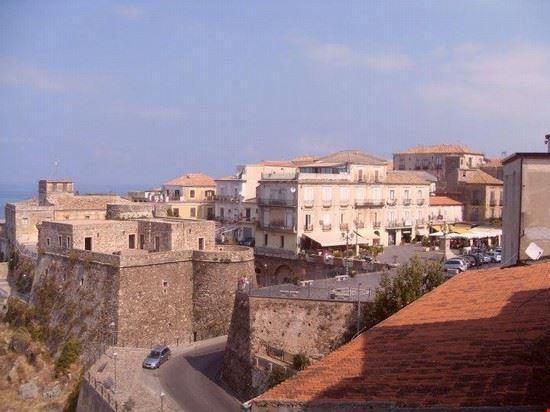 Piazza Repubblica e Castello Murat