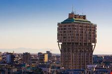 milano torre velasca e panorama di milano