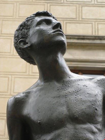 52131_praga_scultura