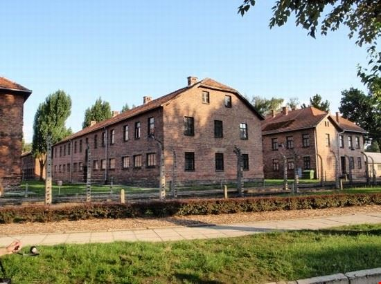 52145 auschwitzdove erano i prigionieri cracovia