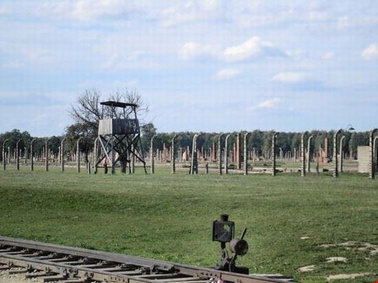 52148 le recinzioni di auschwitz cracovia