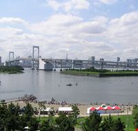tokyo odaiba e il rainbow bridge a tokyo