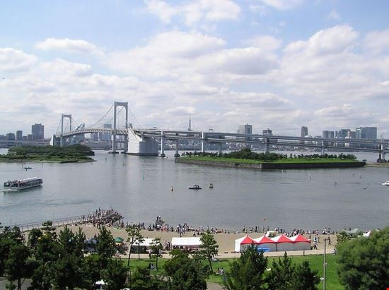 52507 tokyo odaiba e il rainbow bridge a tokyo