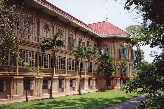 52774 bangkok palazzo vimanmek a bangkok