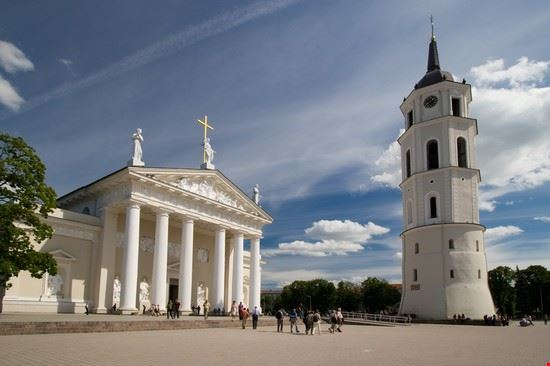 piazza della cattedrale vilnius