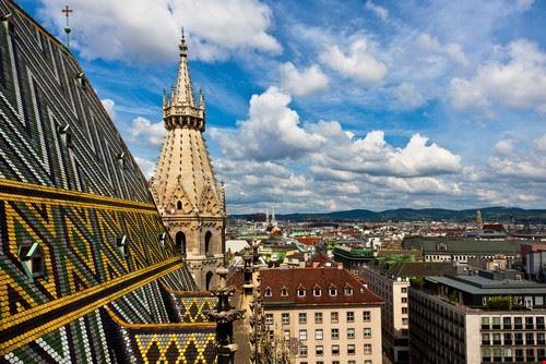 vista sulla citta dal tetto della cattedrale di santo stefano vienna