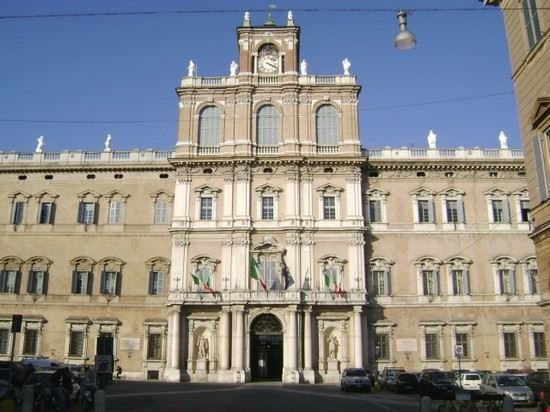 53605 modena palazzo ducale di modena