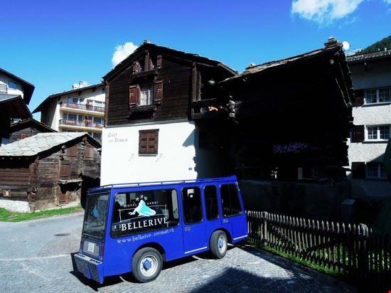 53639_zermatt_elettro_taxi_zermatt