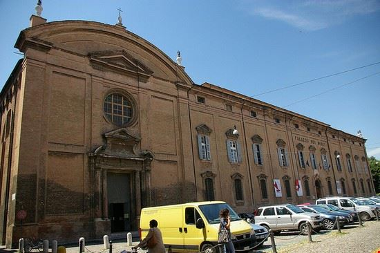 modena palazzo dei musei a modena