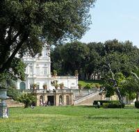 53804 roma villa pamphili