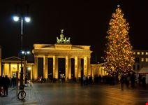 porta di brandeburgo a natale berlino