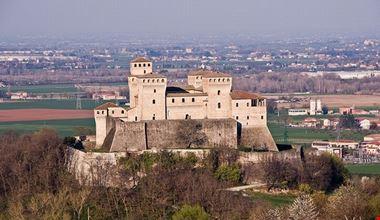 54208_parma_castello_di_torrechiara