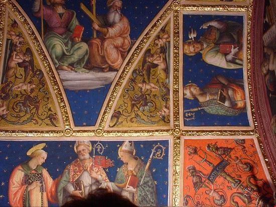 54209 perugia affreschi del perugino nella sala delle udienze