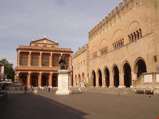 Rimini, piazza Cavour