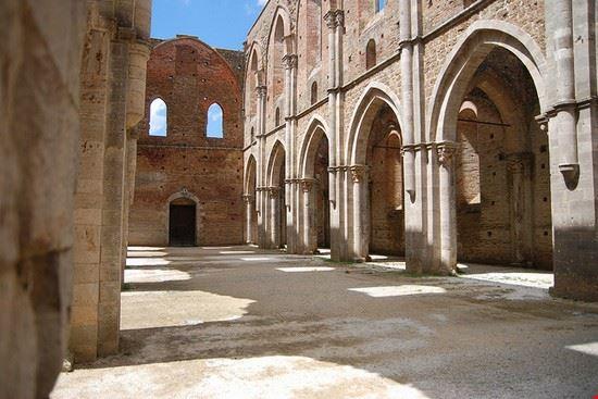 54504 siena abbazia di san galgano