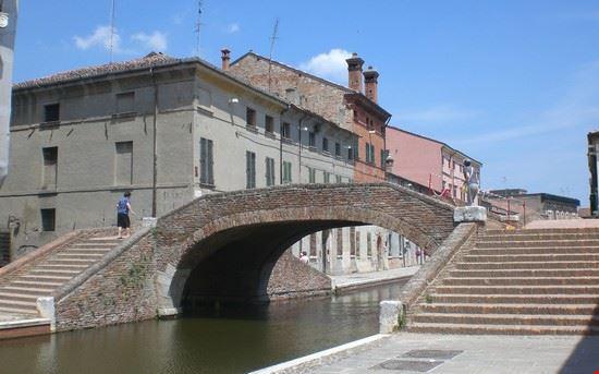 ponte comacchio