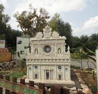 basilica di santa croce in miniatura fasano
