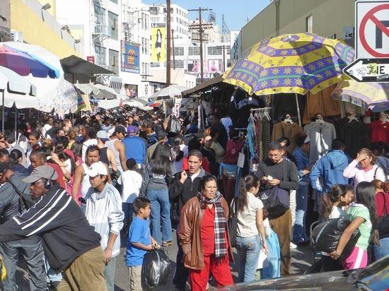 54996 los angeles santee alley nel fashion district di los angeles