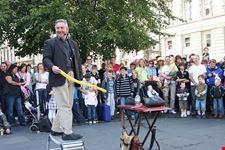 edimburgo spettacolo durante il fringe festival edimburgo