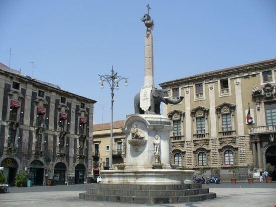 La Fontana dell'Elefante in Piazza del Duomo