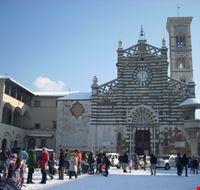 Duomo di Prato dopo una nevicata