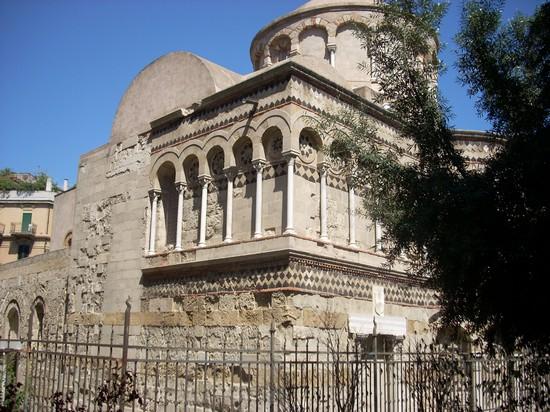 Foto chiesa annunziata dei catalani a messina 550x412 autore domenica roberta micale - Casa della moquette messina ...