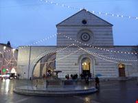 Basilica Santa Chiara di sera