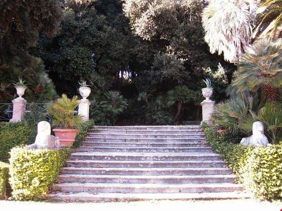 La scalinata delle sfingi