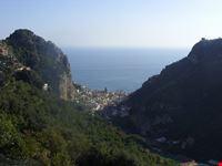 amalfi panorama dal percorso del vallone delle ferriere
