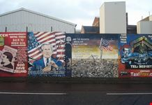 belfast il murale raffigurante george bush