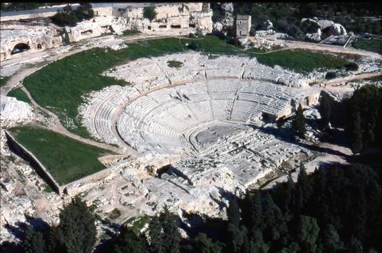Teatro greco di siracusa siracusa for Alberghi di siracusa