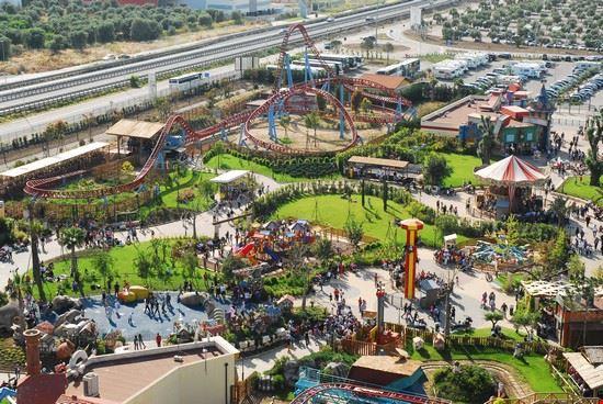 56811 molfetta parco divertimenti miragica