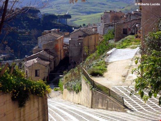 Foto Centro storico via dei mille a Calatafimi-Segesta - 550x412 - Autore: Segesta Welcome