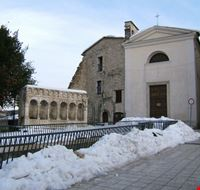57164 la piazza del museo e la fontana isernia
