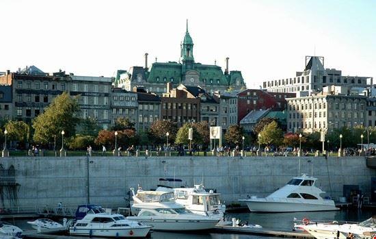 montreal la citta vecchia di montreal vista dal porto
