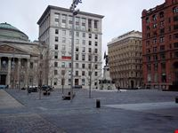 montreal place d  armes