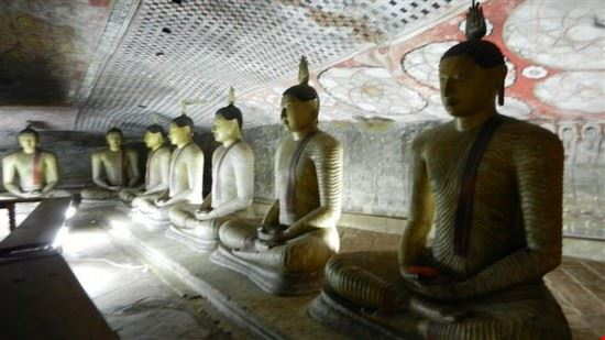 dambulla il tempio all  interno