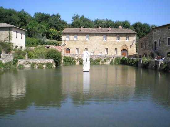 Foto bagno vignoni a san quirico d 39 orcia 550x412 - Agriturismo bagno vignoni ...