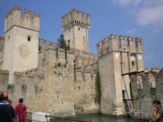 57865 castello scaligero sirmione
