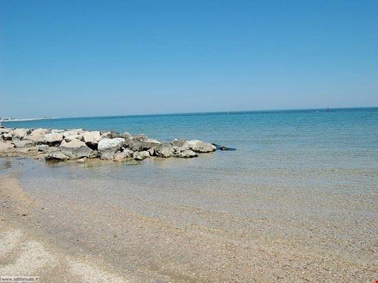 una delle tante spiagge di Fano